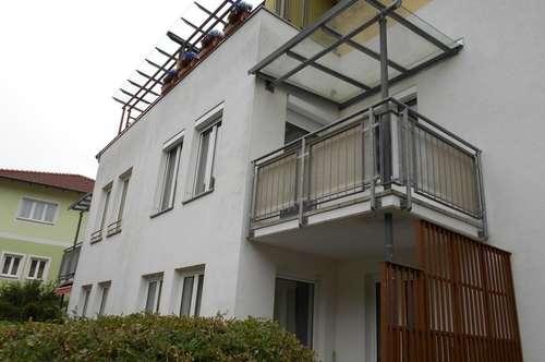 Ländliche Idylle genießen! Moderne Wohlfühloase in ruhiger, grüner Siedlungslage! 2 Kinderzimmer und sensationeller Balkon inklusive! Prov.frei!