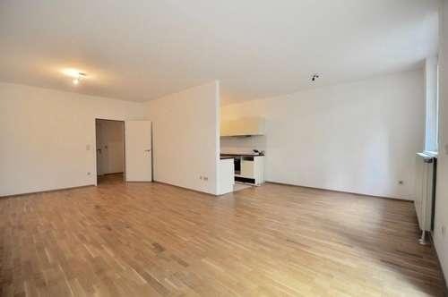 EUM - Upper West 119! Westseitige 3-Zimmer-Maisonette mit Terrasse