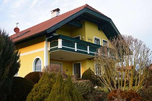 Wohnung mit toller Lage im Grünen