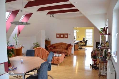 Wunderbar helle und freundliche Wohnung in Bestlage
