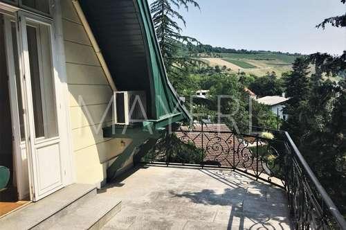 wunderschöne Terrassenwohnung in einem Jagdschloss