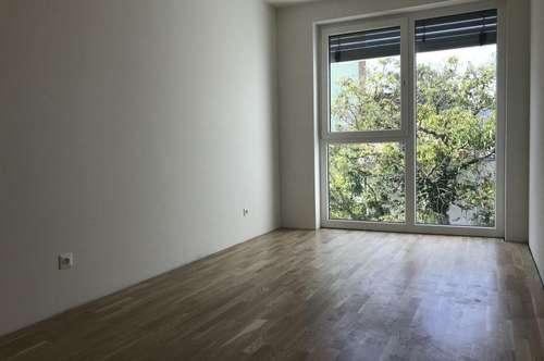 Sehr Schöne 3-Zimmer-Wohnung in sehr guter und zentraler Lage mit Balkon - Erstbezug
