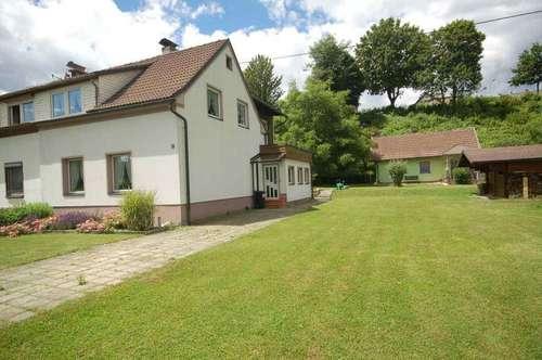 Doppelhaushälfte mit Nebengebäude Villach-St. Leonhard