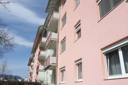 Sonnige Dachgeschoßwohnung mit Loggia