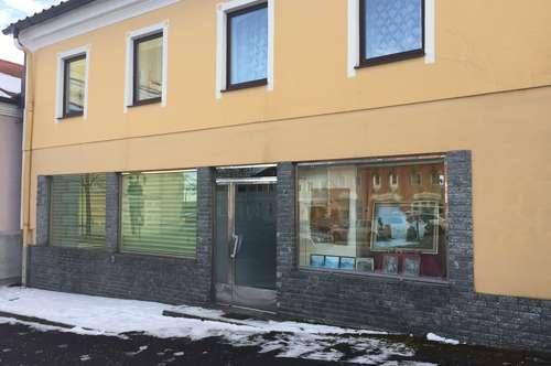 Büro/Geschäftslokal am Marktplatz von Reichenthal