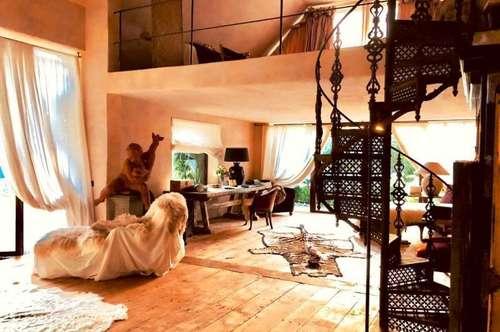 ****Designer-Alm-Haus in Alleinlage mit Wasserbezugsrecht****