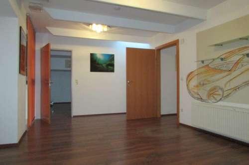 Kultiges Büro/Wohnung mit Flair wartet auf diejenigen die das Besondere lieben (Villach)