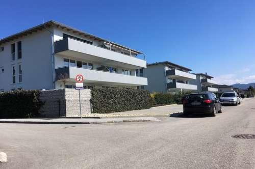 Helle 4 Zimmer Wohnung mit XXL Balkon
