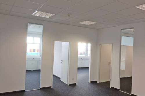 Lager 1156m² Kombination Büro 171m²