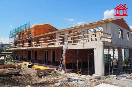 ERSTBEZUG -Sonnige Eck-Eigentumswohnung mit 28 m² großen Terrasse/ Top 4 BK 1
