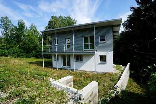 Einfamilienhaus mit Fertigstellungsbedarf in grüner Siedlungslage