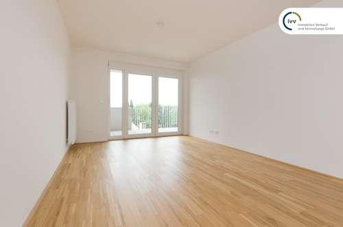 Großzügige neuwertige 2 Zimmer Wohnung mit separater Küche und großem Balkon - Kärntner Straße 538 - Top 21