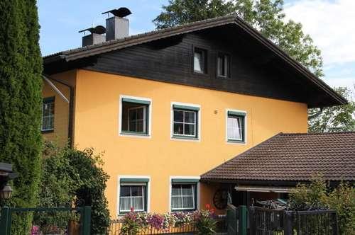 Großzügig angelegte 3,5 Zimmerwohnung (Privat, Provisionsfrei, keine Haustiere), Gartenbenutzung nach Vereinbarung!