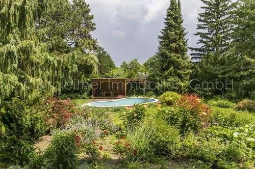 3664 - Einfamilienhaus mit prachtvollem Garten