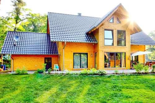 Fertigteil- oder Blockhaus als Bausatz