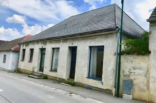 Straßenhaus mit Hintausgrund