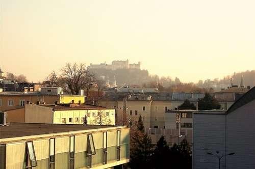 Salzachkai Nähe Lehener Brücke: Stilvoll renovierte 3 Zimmer - Balkon +TG