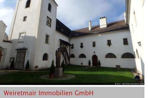Außergewöhnliche Mietwohnung im Kloster Schönbühel an der Donau