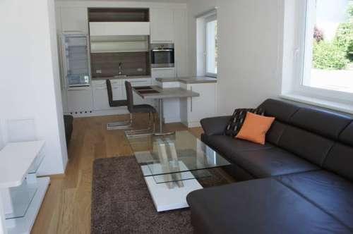 wunderschöne Mietwohnung mit sehr hochwertiger Ausstattung und sehr großer Terrasse