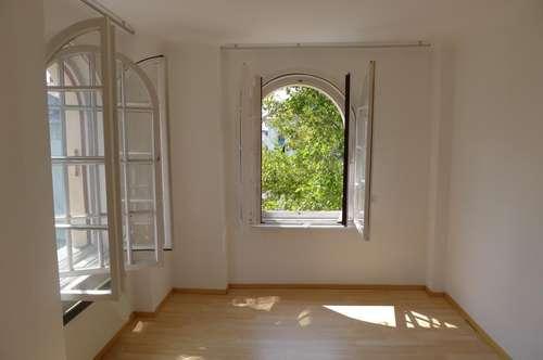 Entzückende Kleinwohnung im Dachgeschoss nächst Schillerplatz - Video auf der Homepage!