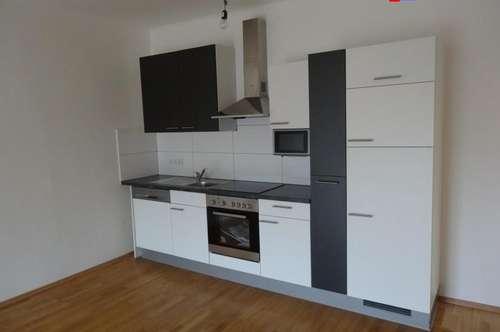 Eisenstadt - Zentrumsnähe schöne neu renovierte 3 Zimmer Terrassenwohnung ! Auch WG. geeignet !