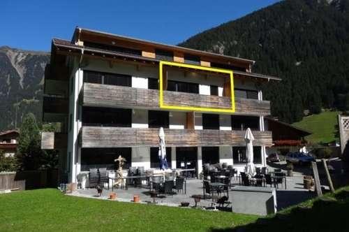 Luxuriöse 2 Zim. Ferienwohnung in Gaschurn in Top Lage mit Pool und Nähe Lift!