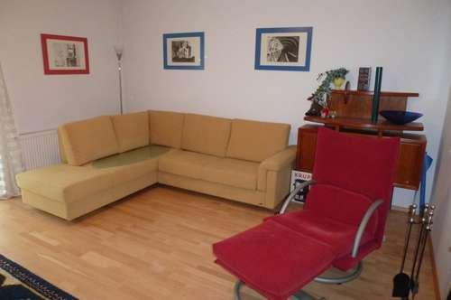 Renovierte, voll möblierte 2 Zimmer Wohnung in guter Lage zu verkaufen