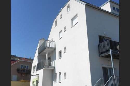 2 Balkone | Lift | Tiefgarage | Blick in die Weinberge und Richtung Leithagebirge