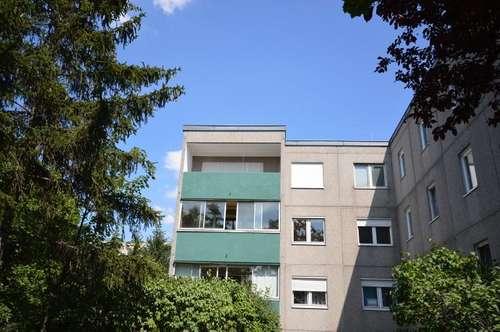 BADEN! Schöne Lage - Loggia westseitig - 106 m² - Lift - sanierungsbedürftig!
