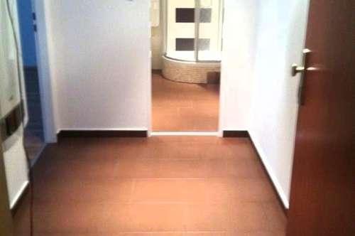 Provisionsfrei! DG:1 Zimmer Wohnung  in Laxenburg