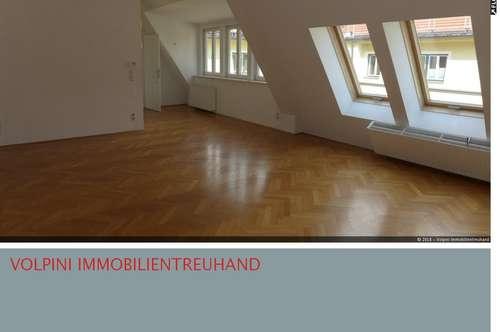 Helle 3 Zimmer DG-Wohnung Nähe Schottenfeldkirche
