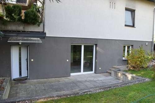 sehr schöne Wohnung mit Terrasse und Garten