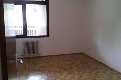 Vermiete wunderschöne Wohnung mit Loggia in Puchenau