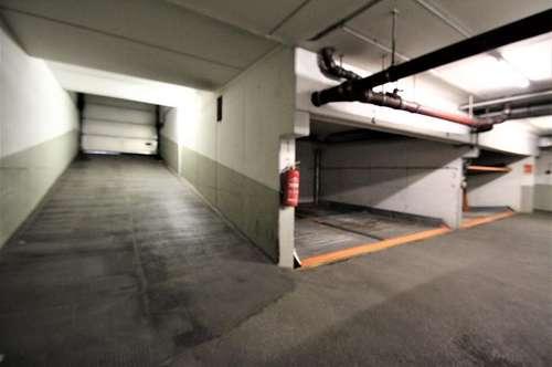 Lacknergasse 9 - Stapelparkplatz für Fahrzeuge bis 1,5 Meter Höhe