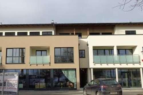 Moderne Wohnung mit Loggia in Seenähe!
