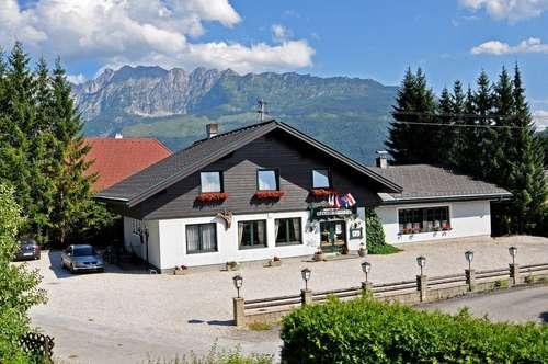 Restaurant mit Einliegerwohnung im Steirischen Salzkammergut