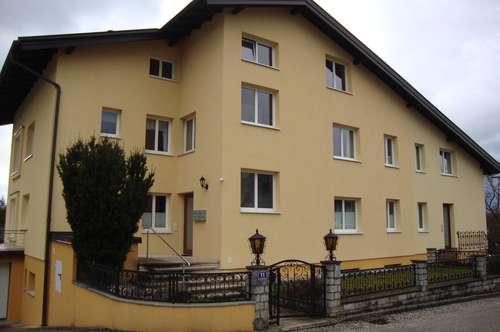 Schörfling am Attersee schöne Wohnung mit Balkon, Seeblick und Seenähe, 5 Zimmer im 1. Stock