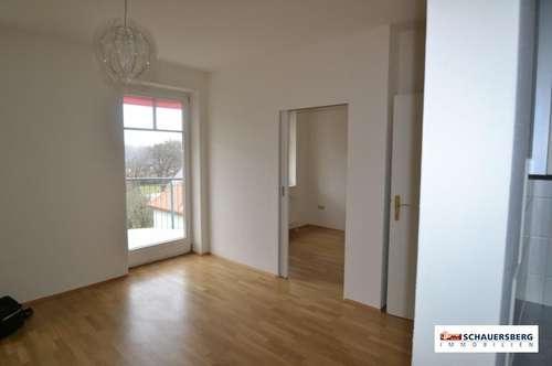 Ruhige und sonnige 2 Zimmerwohnung mit großem Balkon in Andritz!