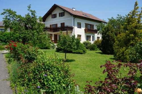 Zweifamilienhaus in Rechnitz mit wunderbarem Blick und großem Grund