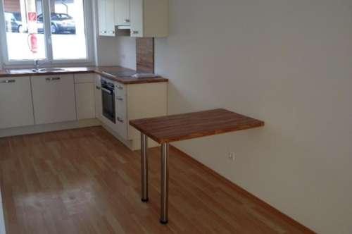 Vermietung:2-Zimmer-Gartenwohnung, Miete inkl. BK € 420,--