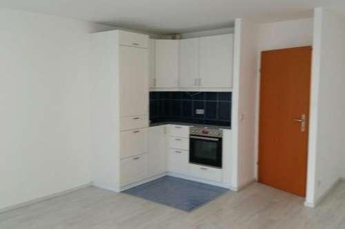 neu sanierte 1 Zimmerwohnung mit Terrasse OHNE PROVISION Nähe Nestroyplatz vom Wohnheim