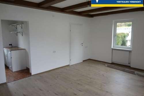 Neuwertige 49 m² Mietwohnung in einen 3-Parteienhaus im Zentrum!