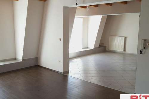 unbefristetet 4-Zimmer WOHNUNG-BIT Immobilien