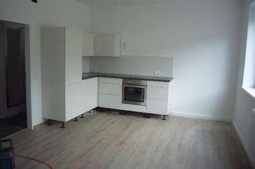 Schöne perfekt WG-Taugliche 3 Zimmer Wohnung plus Wohnküche NONNTAL nähe UNIPARK