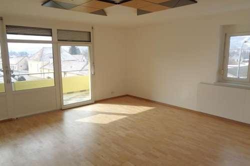 Topsanierte 89m² Wohnung in Grossweikersdorf