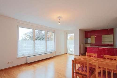 Sonnige 2-Zimmer Wohnung mit Balkon inklusive Garage!