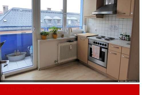 Helle 3 Zimmer Wohnung mit großem Balkon in Taxham