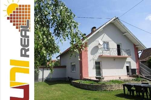 - UNI-Real - Platz für zwei Familien