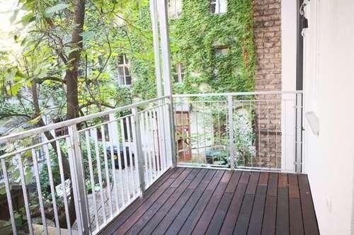 Erstbezug nach Generalsanierung! Klassische Stilaltbauwohnung mit Balkon in Top Lage!