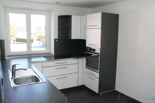Kematen: neu renovierte 3 Zimmerwohnung mit Terrasse